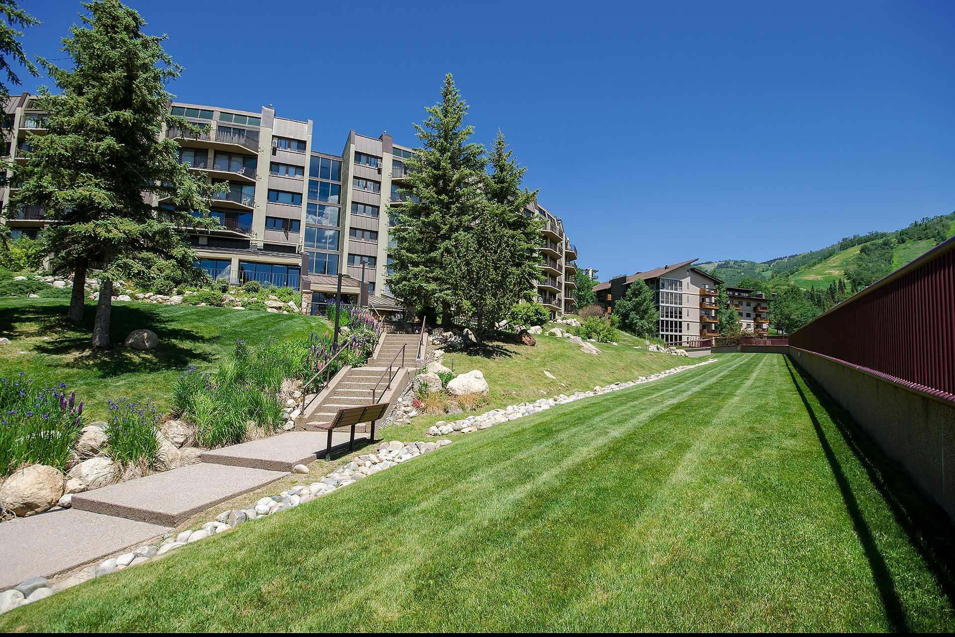 BT304: Bronze Tree Condominiums