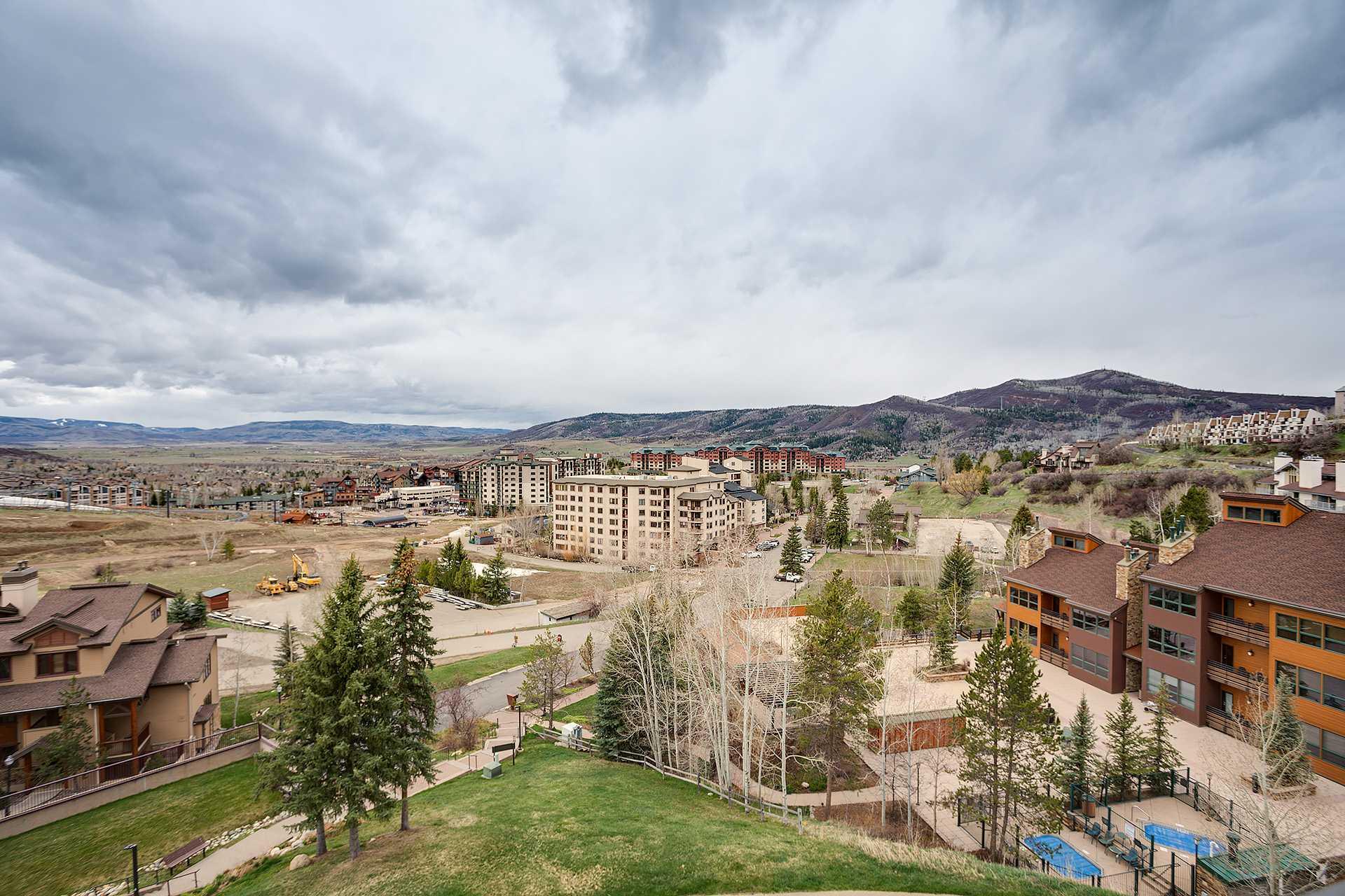 BT503: Bronze Tree Condominiums