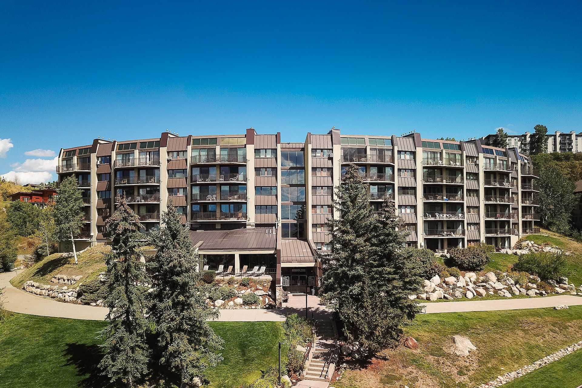 BT504: Bronze Tree Condominiums