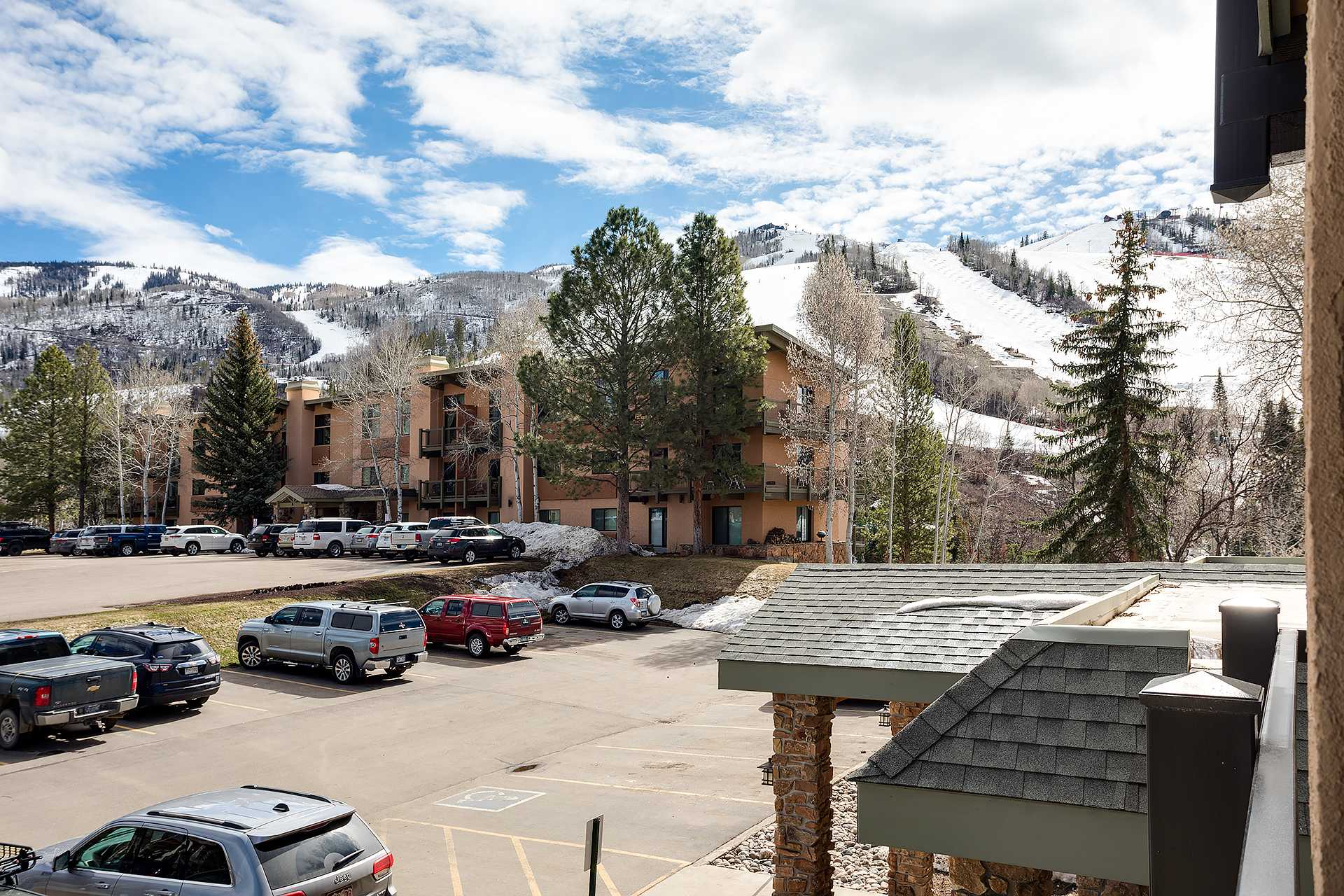 CA312: Storm Meadows Club A Condominiums