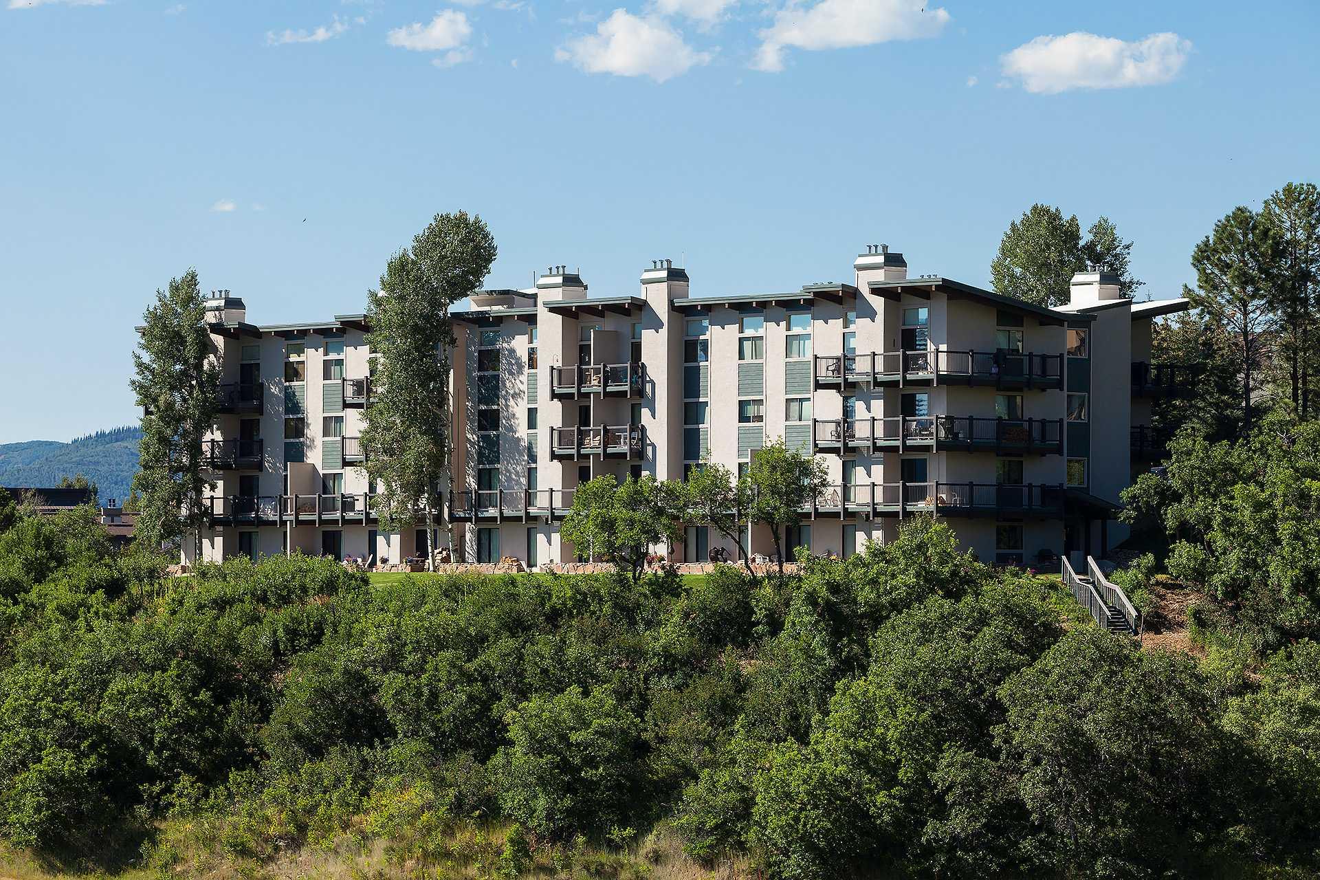 CC219: Storm Meadows Club C Condominiums