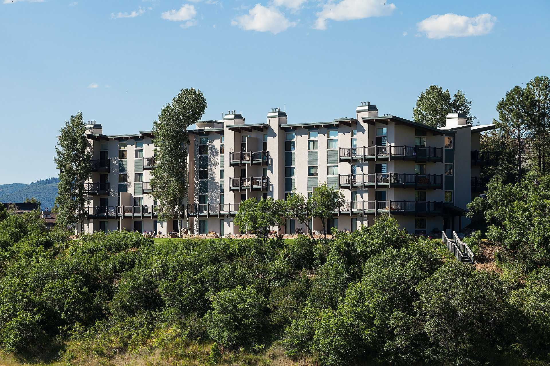 CC318: Storm Meadows Club C Condominiums