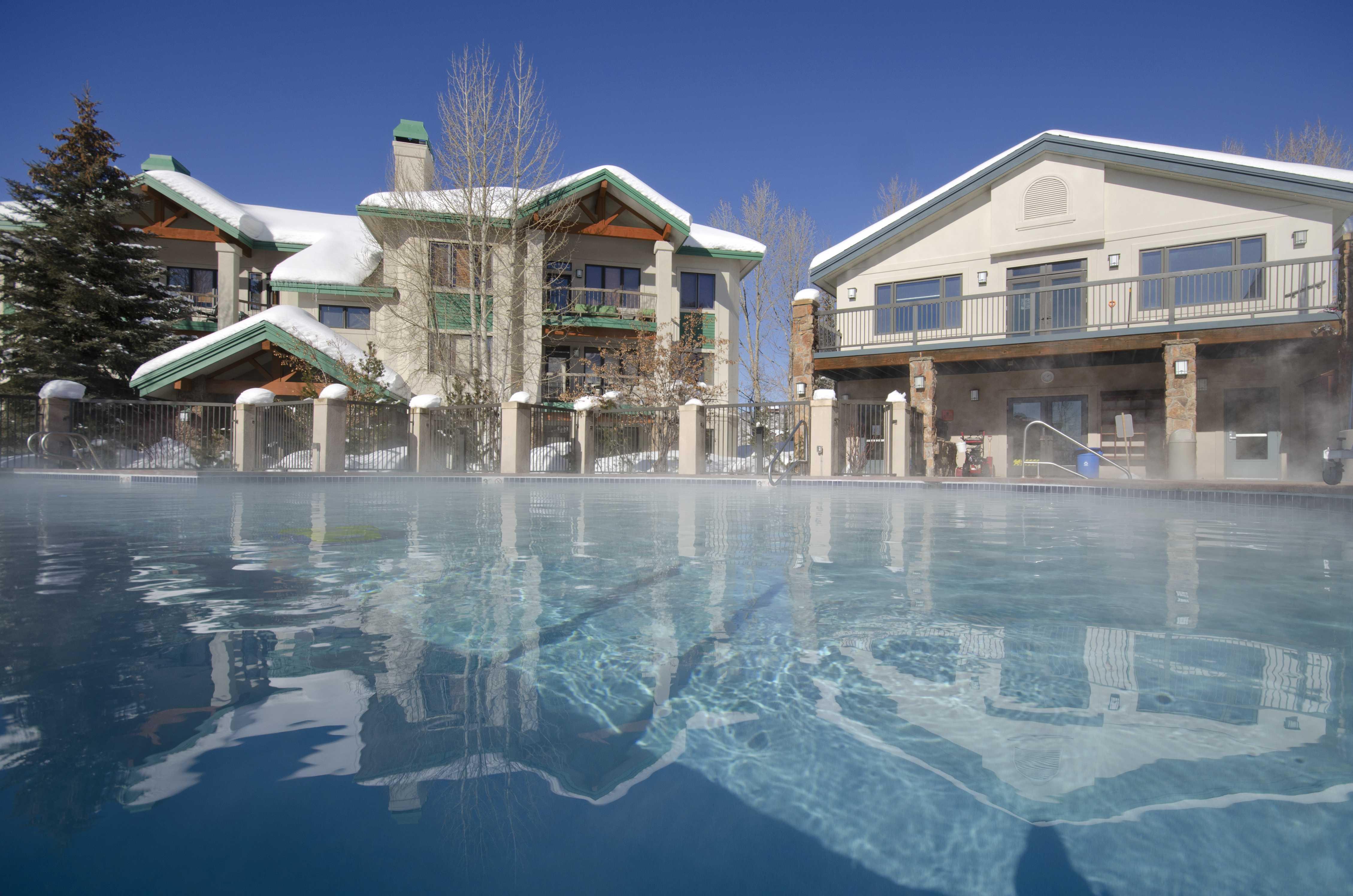 CC410: Storm Meadows Club C Condominiums