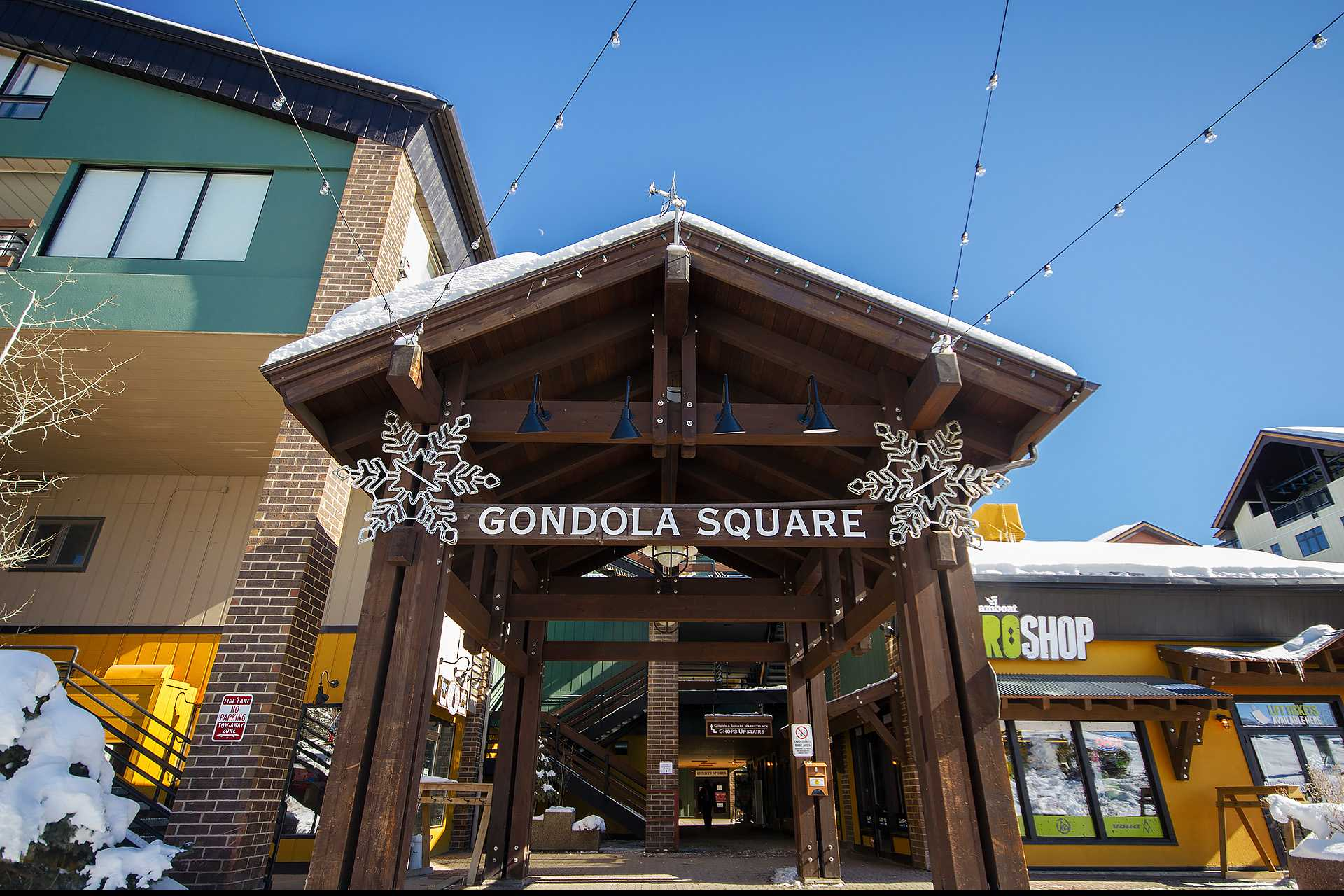 GSQ34: Gondola Square