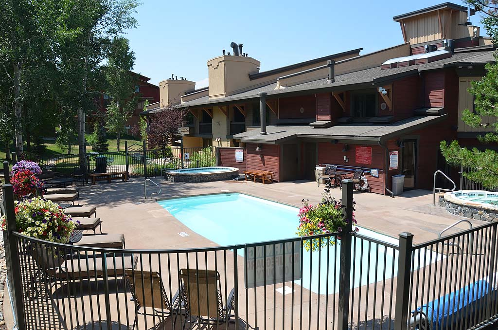 Phoenix at steamboat steamboat springs resort lodging for Cabin rentals near steamboat springs