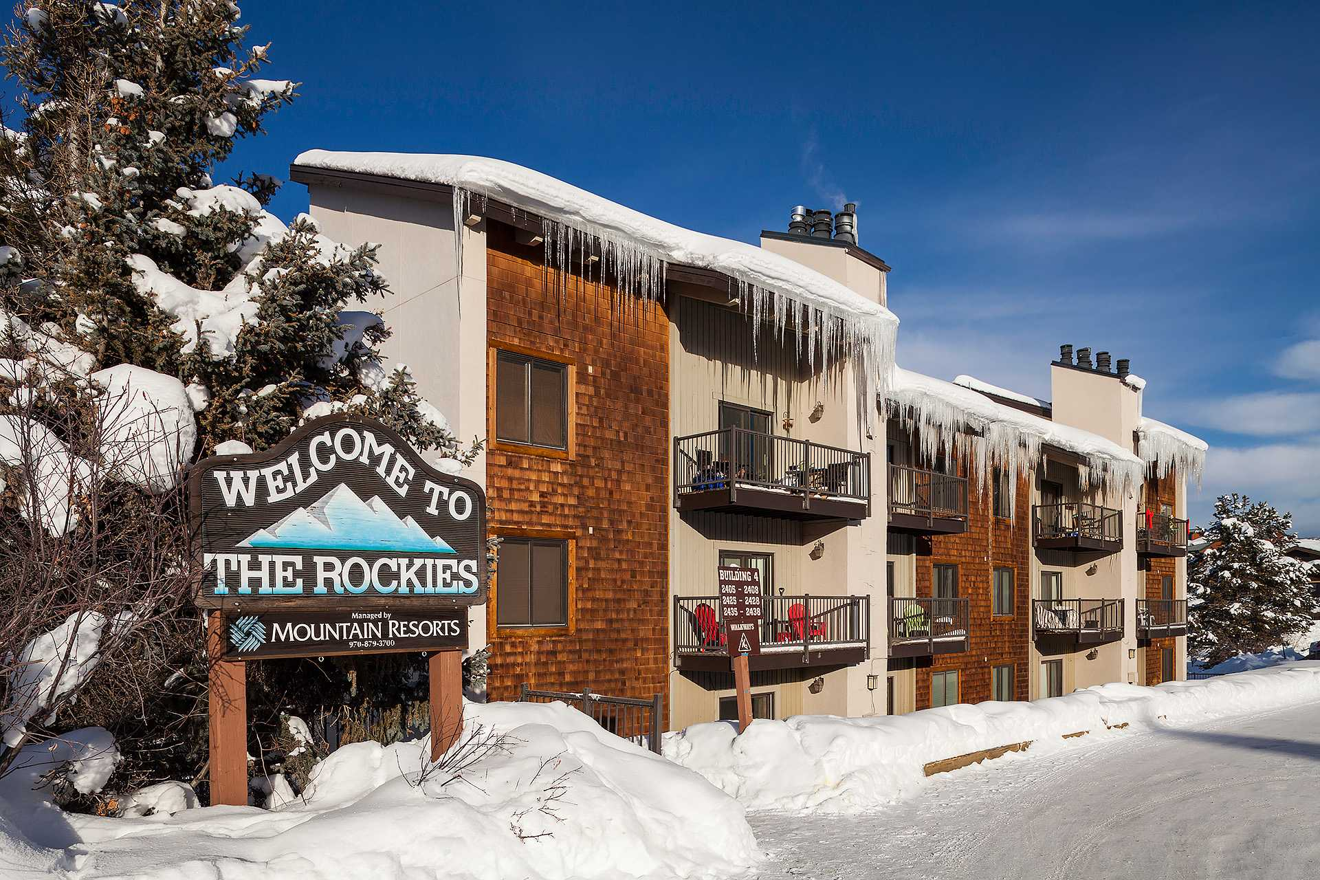 R2223: Rockies Condominiums