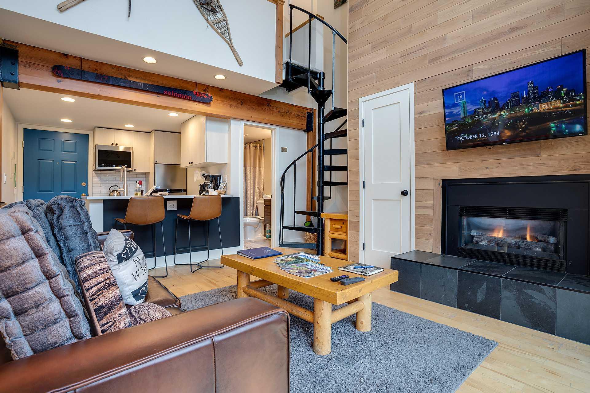 R2302: Rockies Condominiums