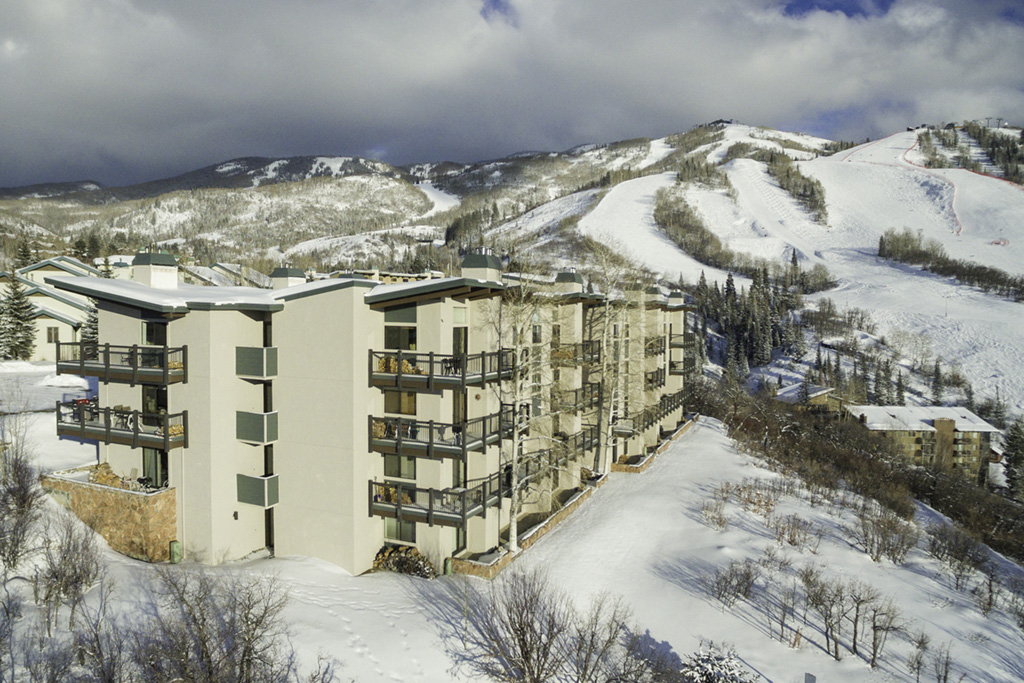 Storm Meadows Club C Condominiums