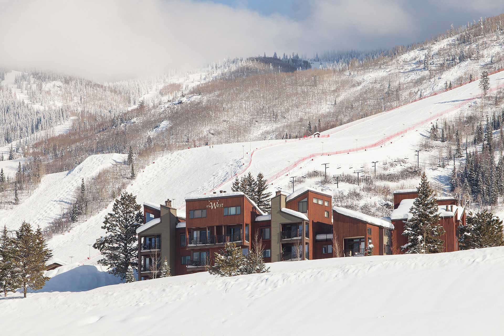 Steamboat springs lodging steamboat springs colorado for Cabins in steamboat springs
