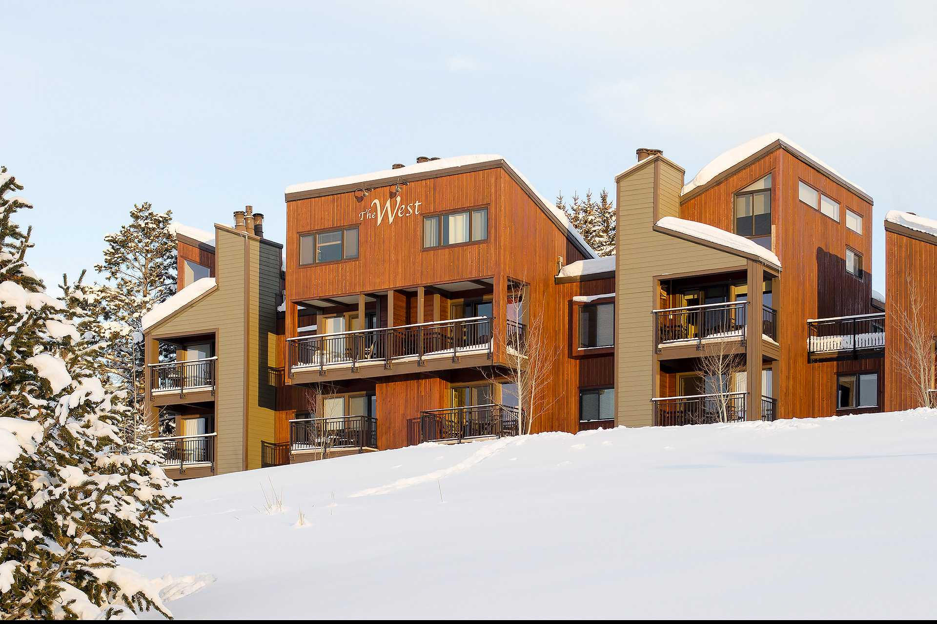 W3240: The West Condominiums