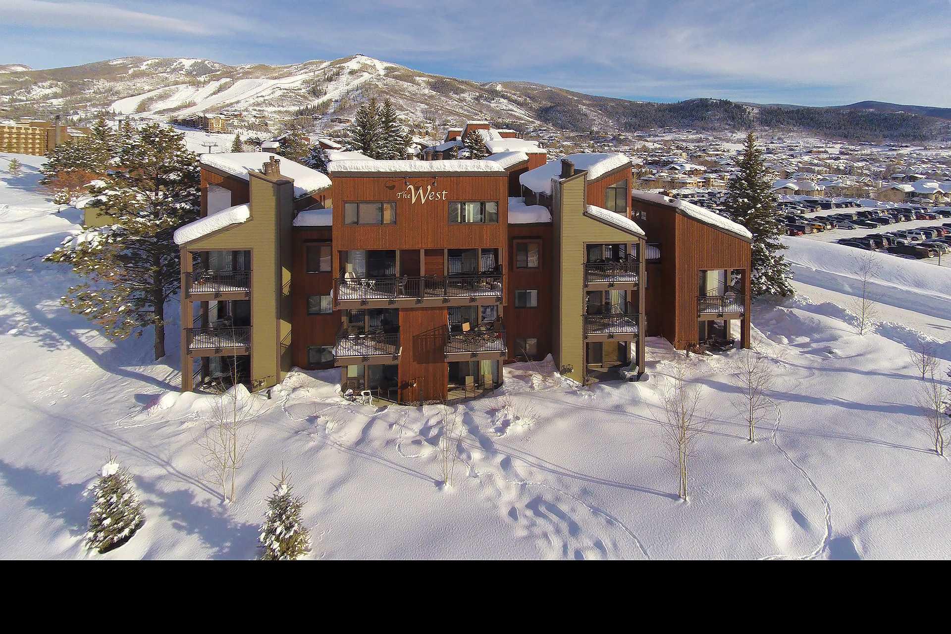 W3301: The West Condominiums