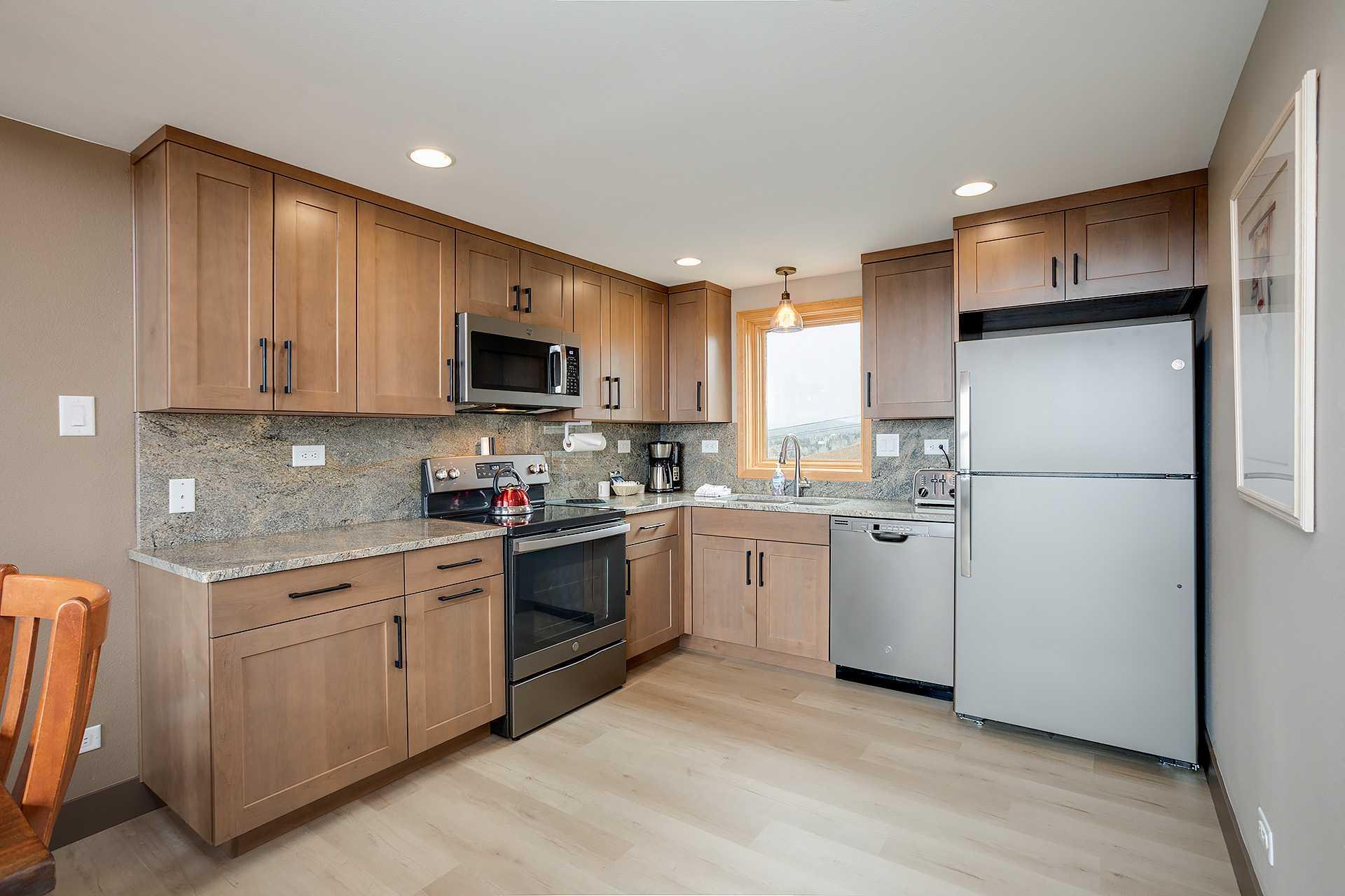 W3324: The West Condominiums