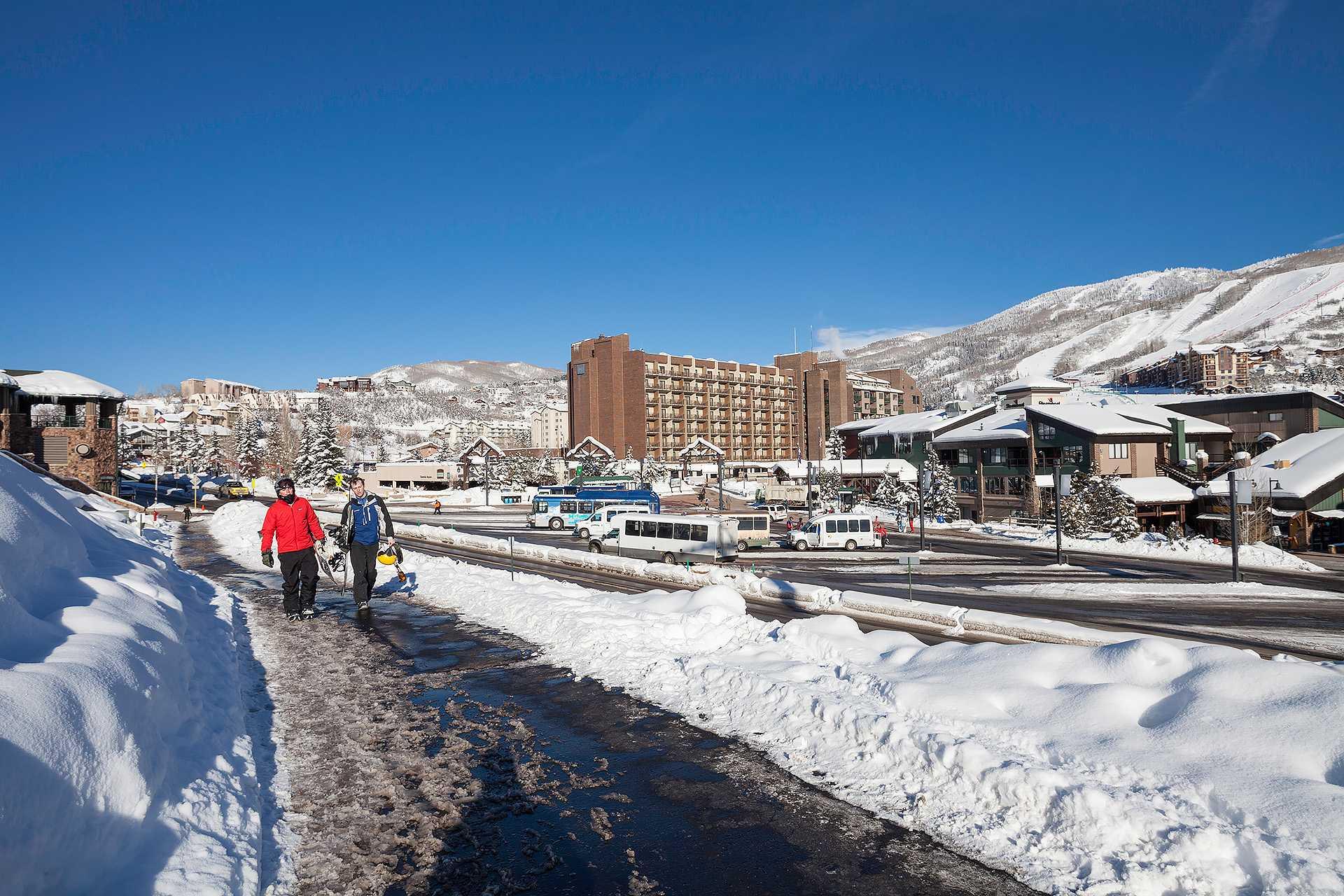 W3421: The West Condominiums