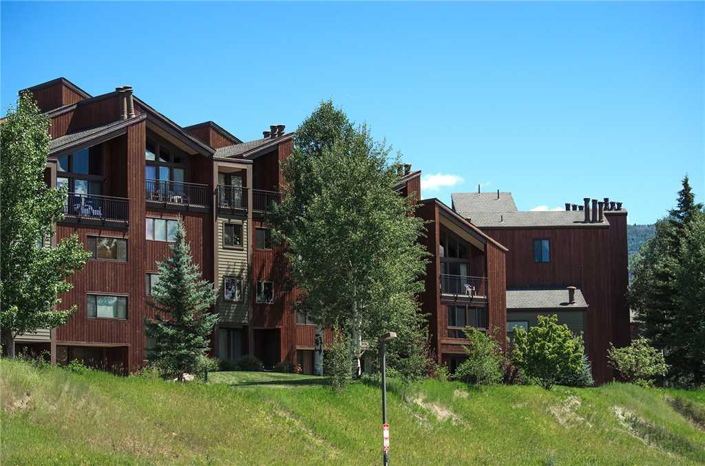 W3505: The West Condominiums